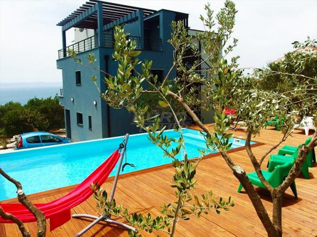 vila OLIVE with pool